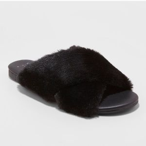 a new day Shoes - Women's Black Fuzzy Fur Criss Cross Slide Sandals